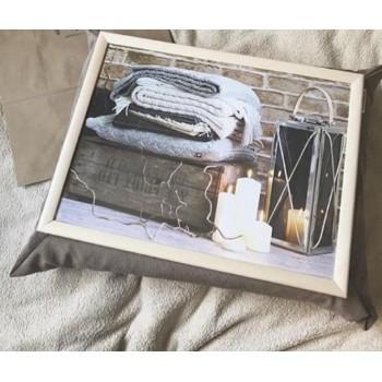 Поднос на подушке Уютный вечер